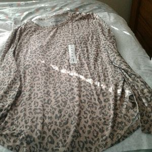 Cheetah print long sleeve shirt